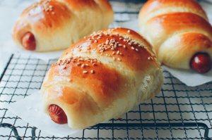 chinese-hot-dog-buns-8
